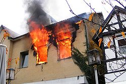 250px-Wohnungsbrand3.jpg.JPG